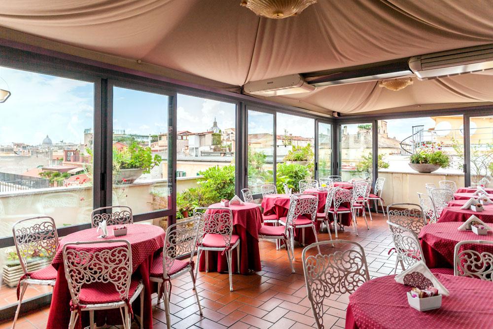 El jard n de la terraza hotel madrid roma for Jardin de invierno loi suites